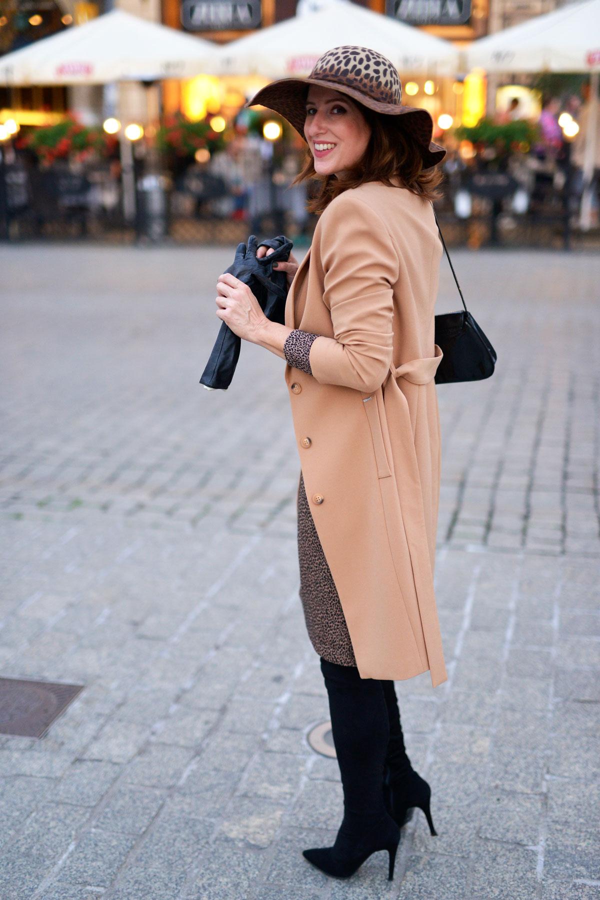 sukienka-i-płaszcz-11
