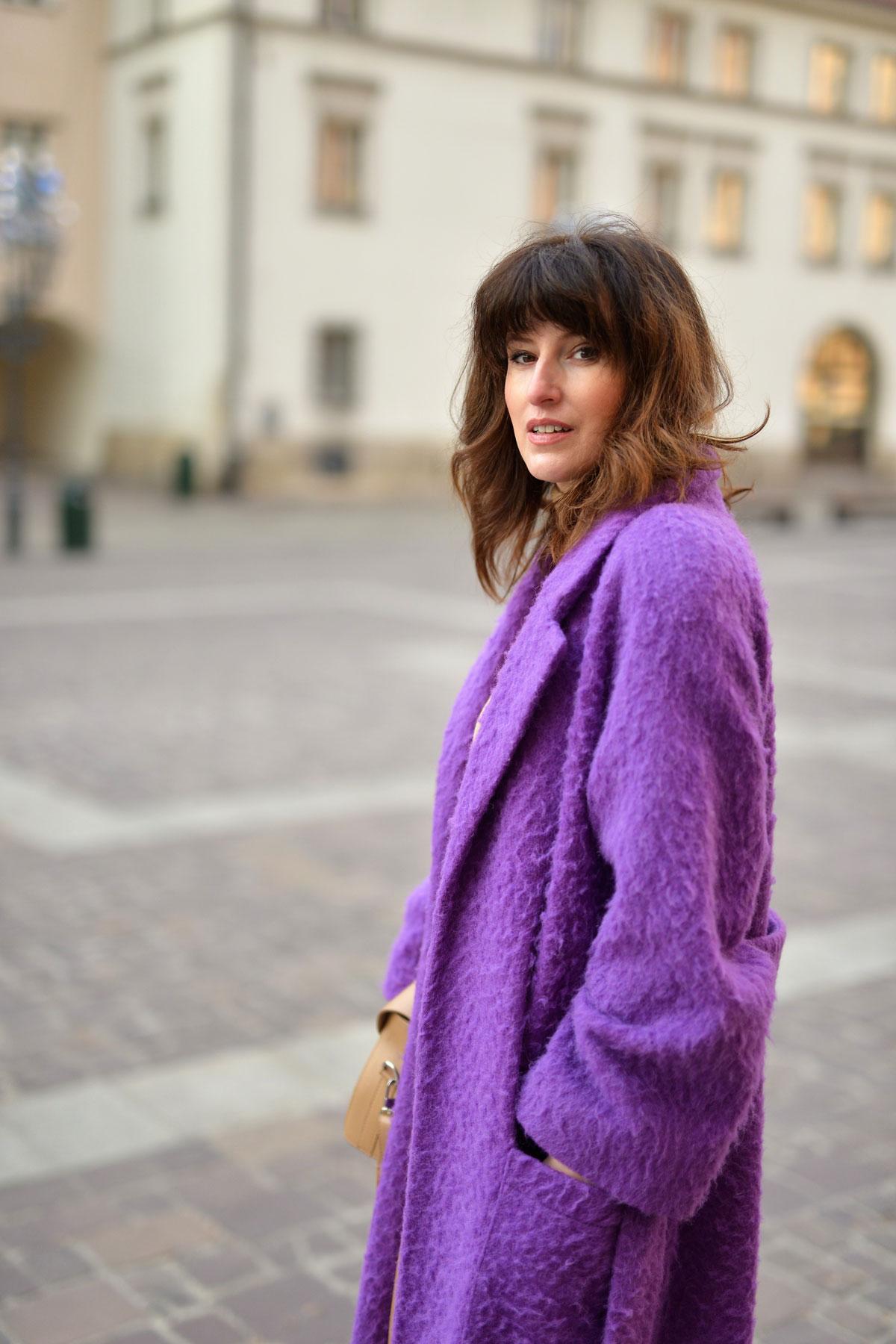 fioletowy-płaszcz-1