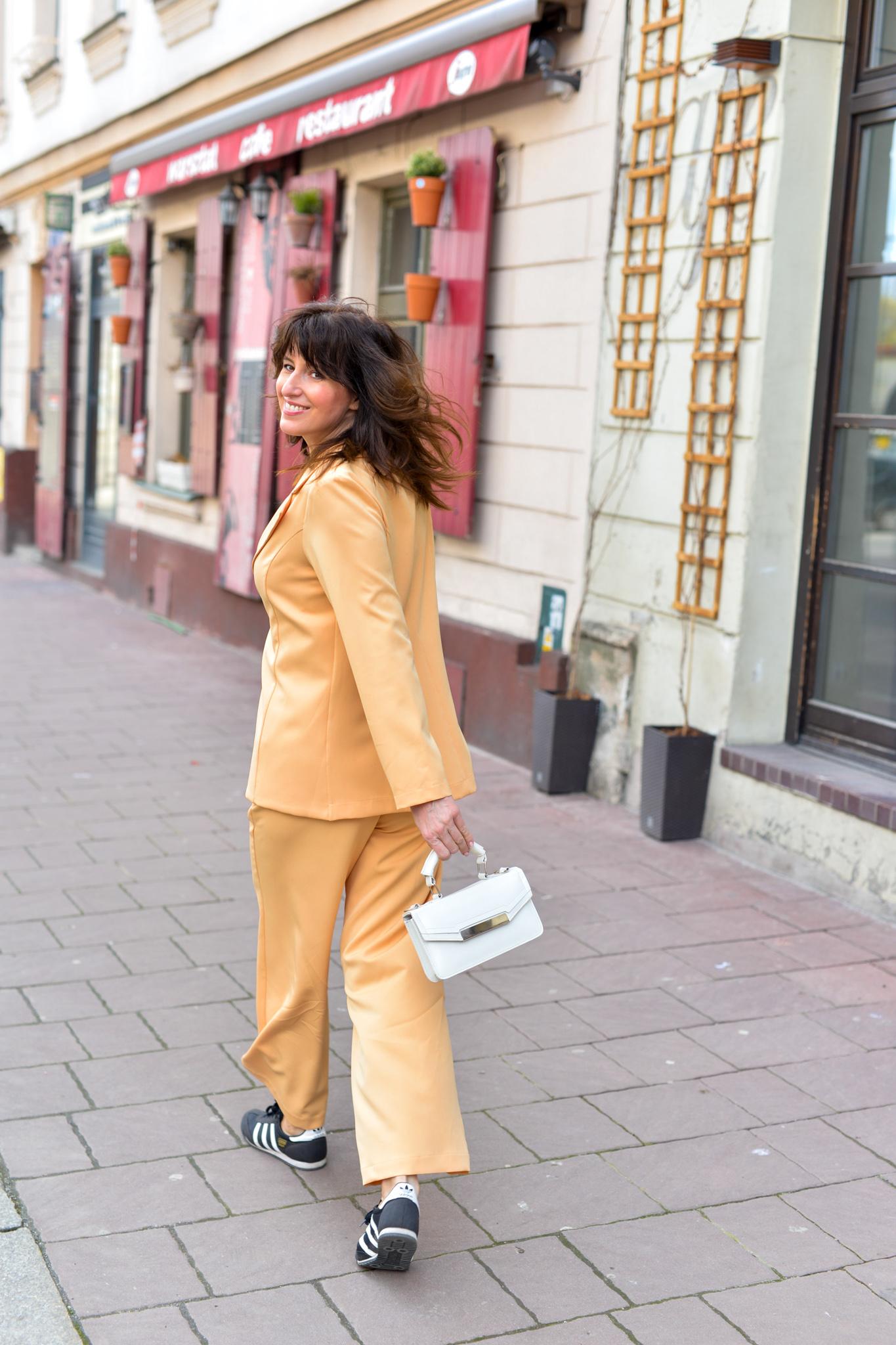 żółty garnitur terrastyll-10
