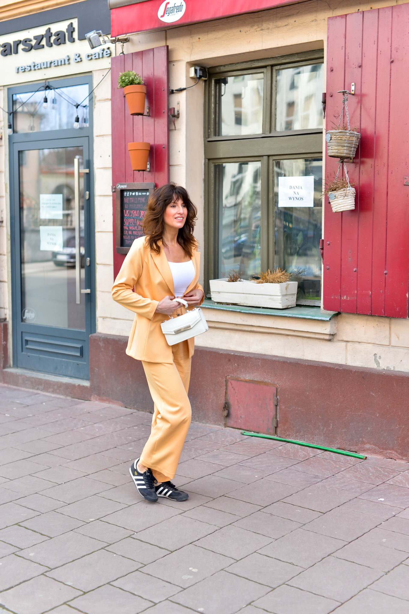 żółty garnitur terrastyll-14