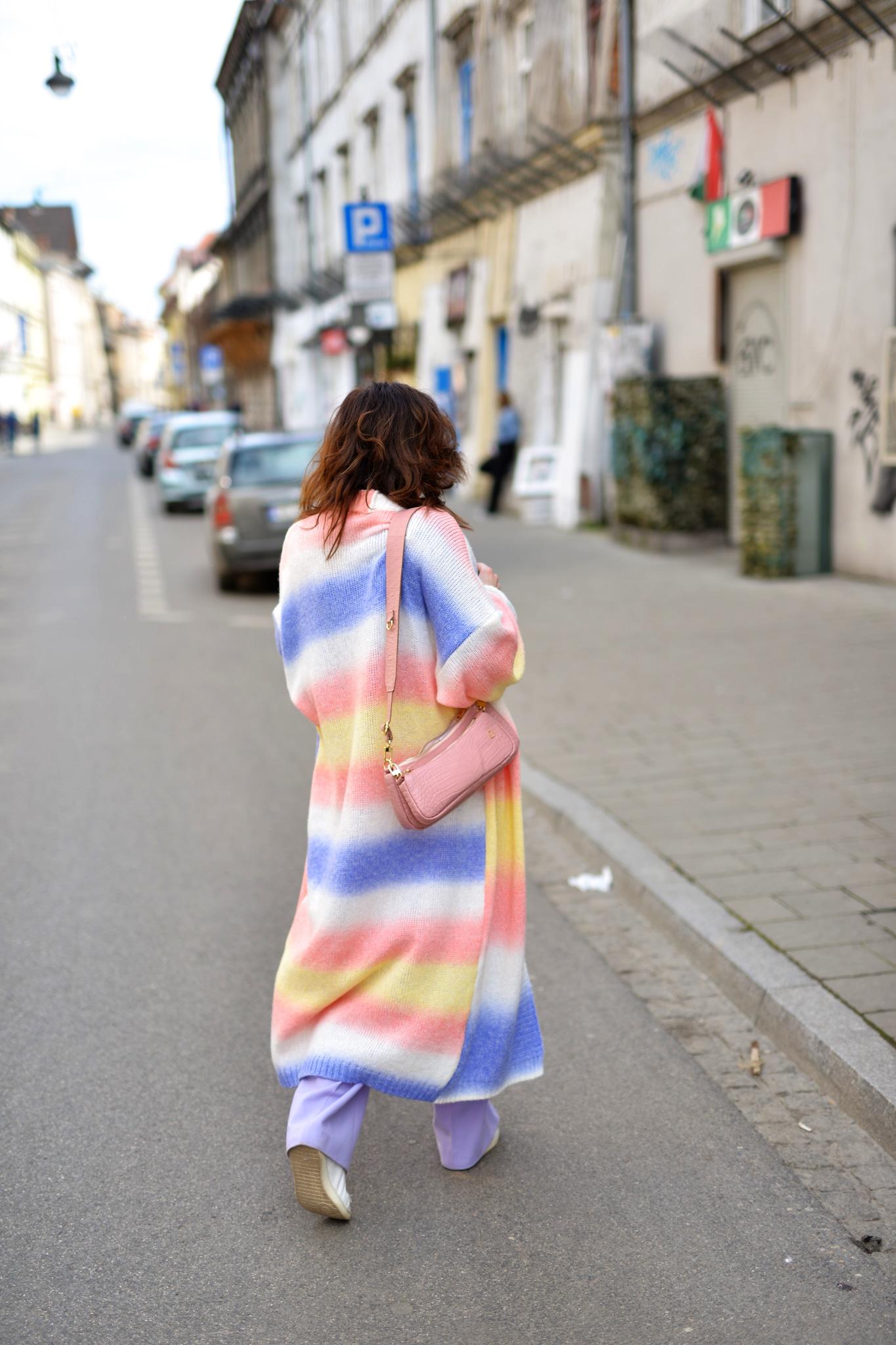 fobyha tęczowy sweter-10